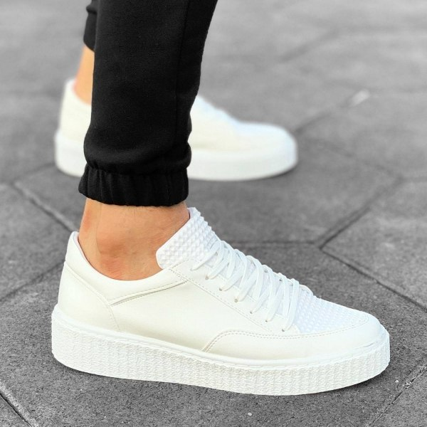 Weiße Street-Pump Sneaker