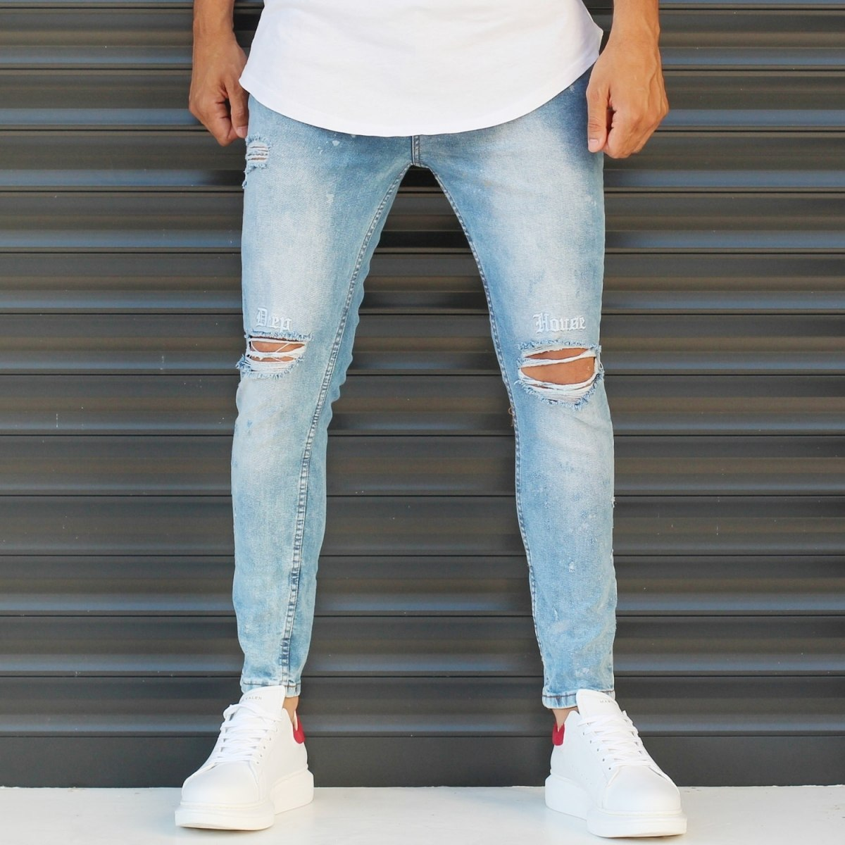 Men's Basic Narrow Leg Sport Jeans With Knee Rips Blue