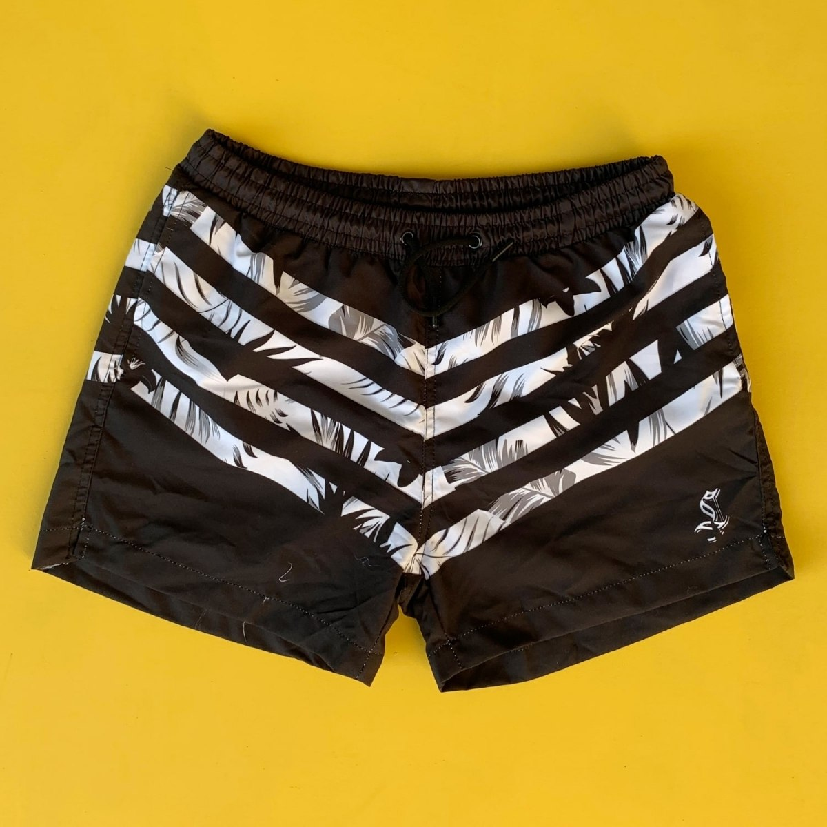 Men's Leaf Pattern Cross Line Short Swim Shorts Black White Mv Premium Brand - 1