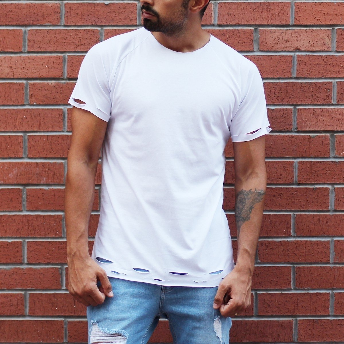 Men's Crew Neck T-Shirt With Rips In White MV T-shirt Collection - 1