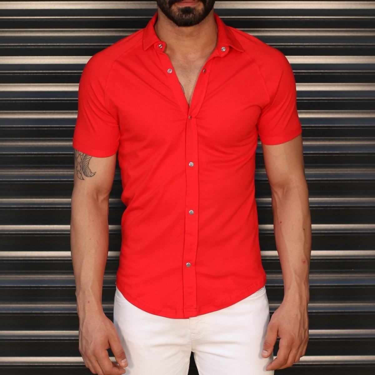 Men's Button Short Sleeve Muscle Fit Shirt In Red