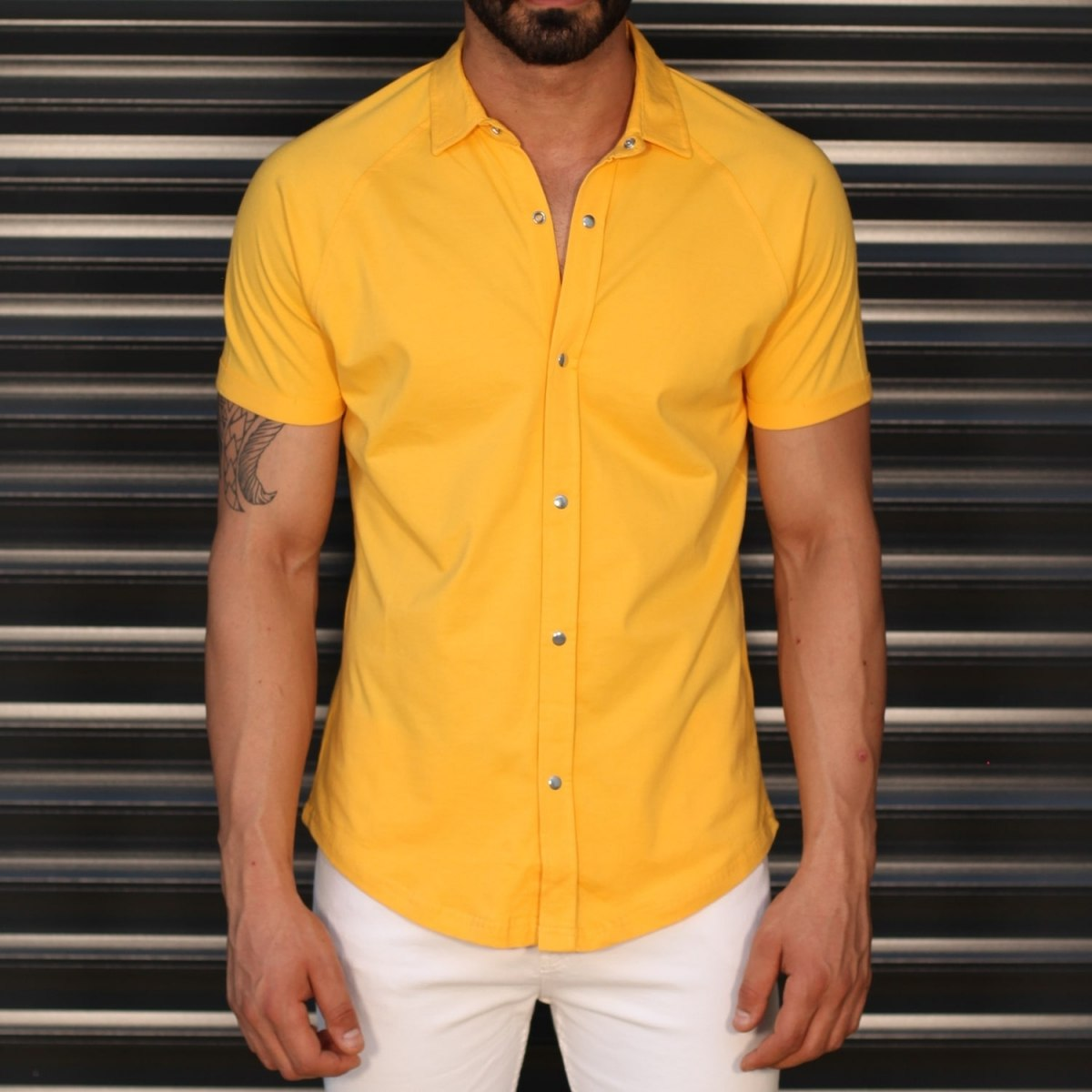Men's Button Short Sleeve Muscle Fit Shirt In Yellow