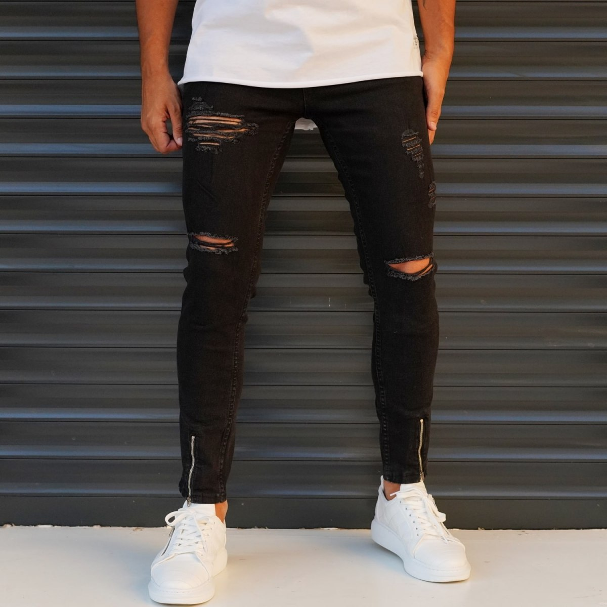 Men's Jeans With Rips In Black