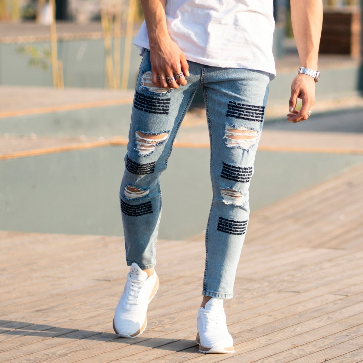 Men's Jeans With Fonts and Ribs