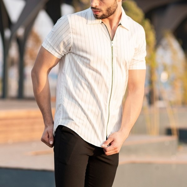 Men's Short Sleeve Zipped...
