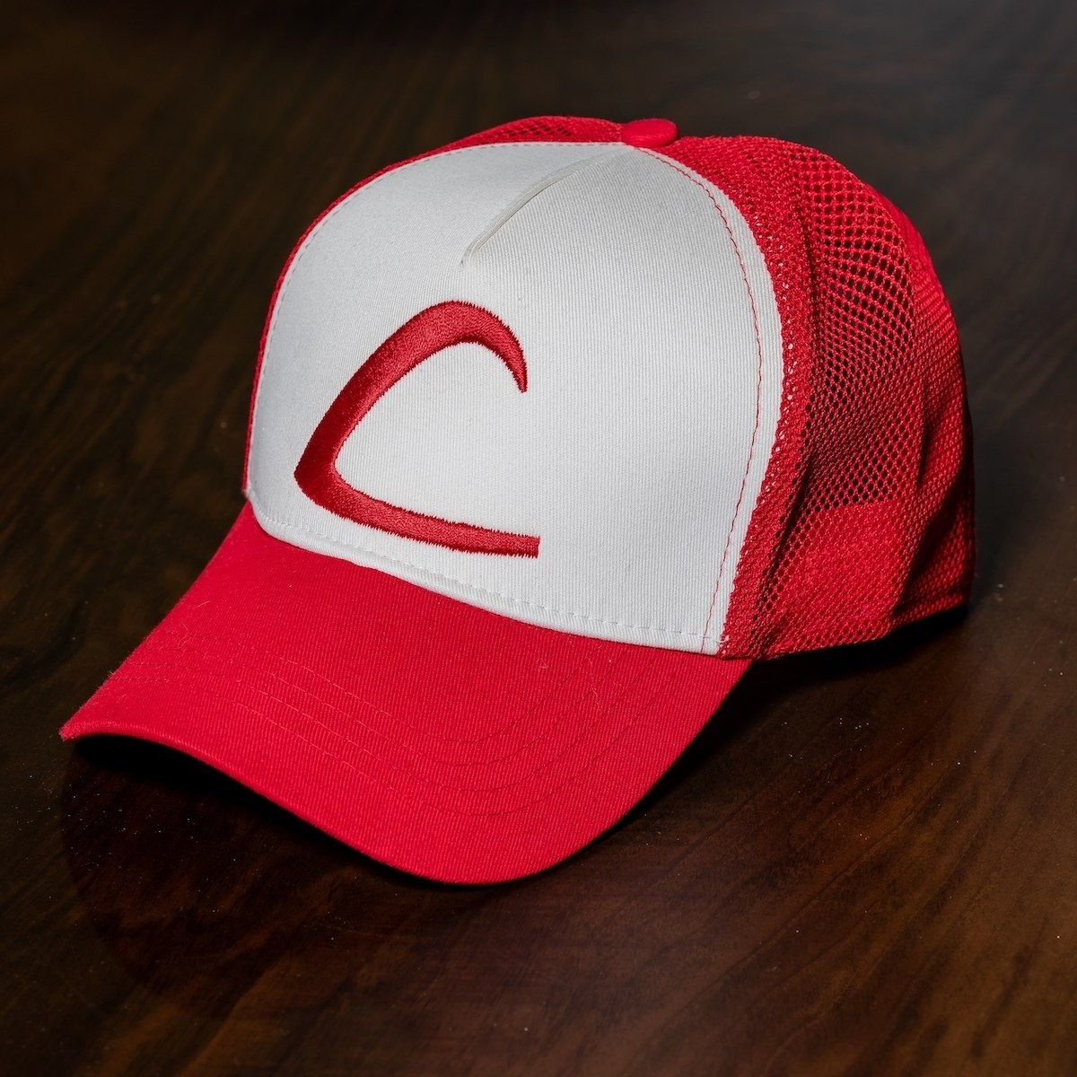 """Ash"" Cap In Red-White"