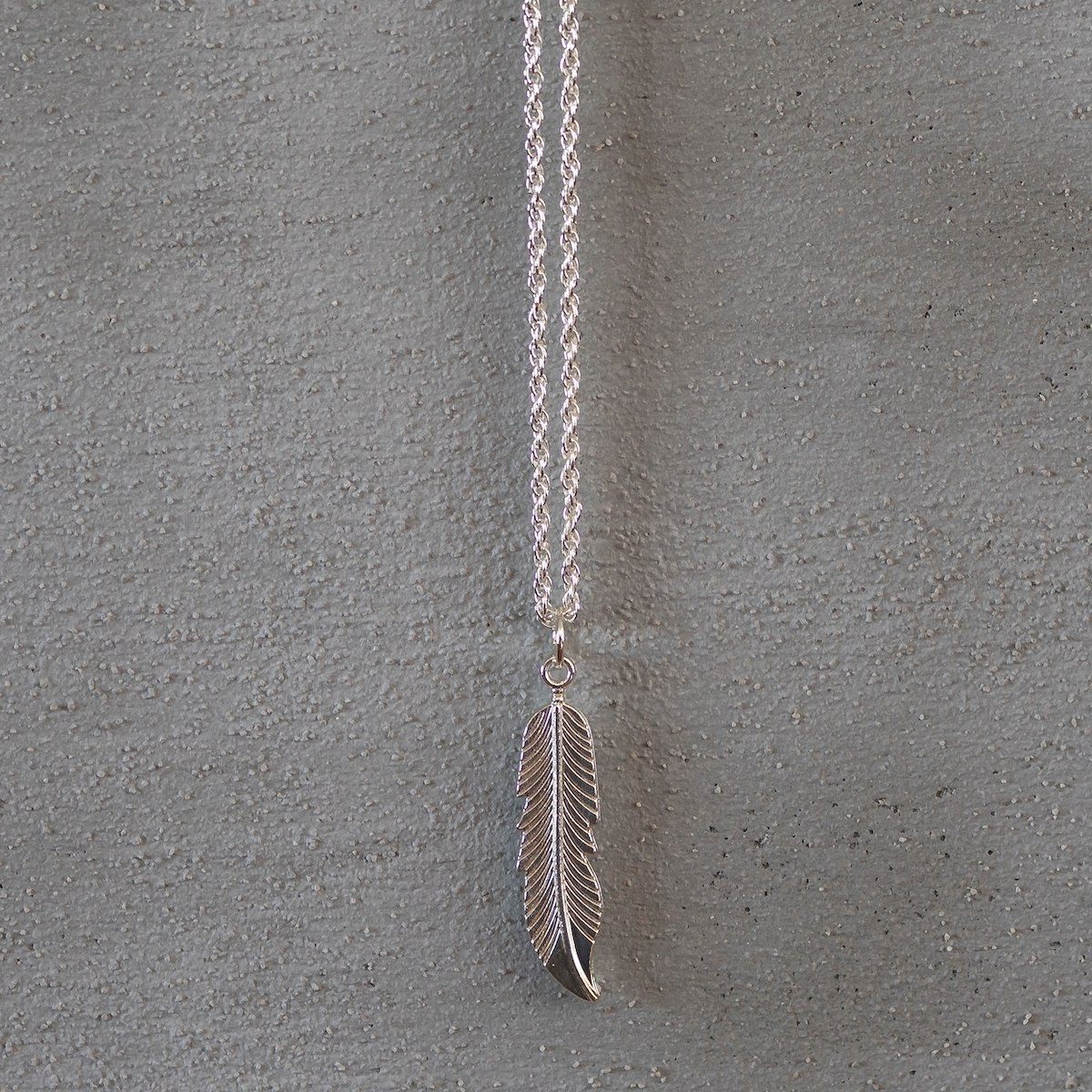 Men's Feather Necklace Silver