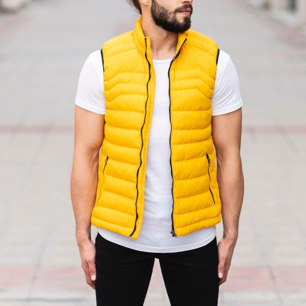 Men's Puffer Vest In Yellow