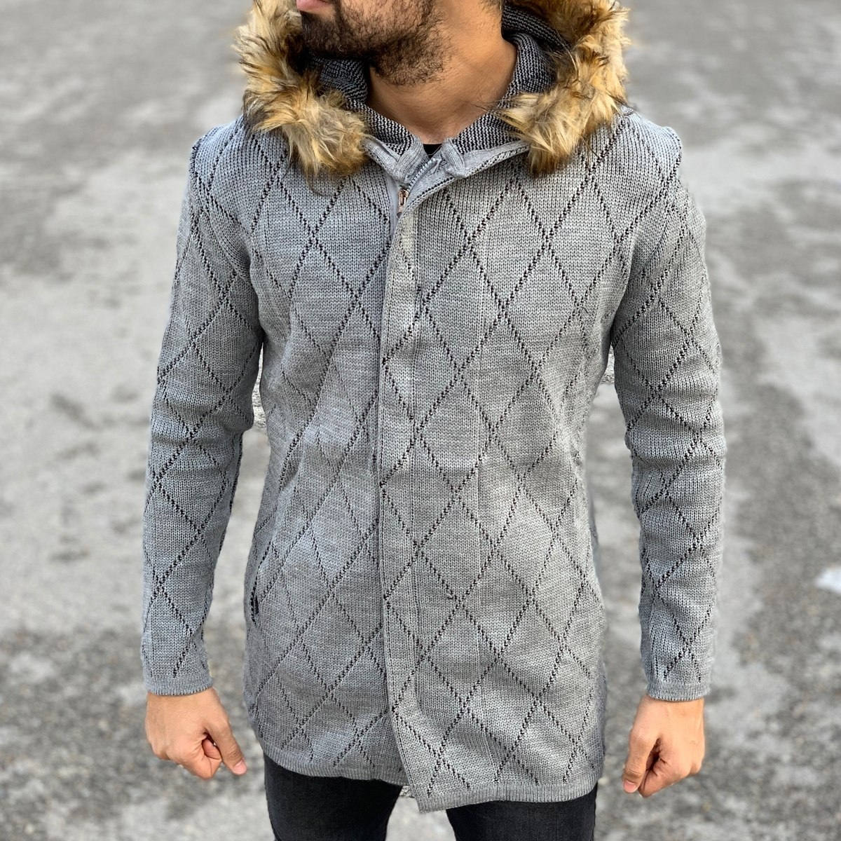 Quilted Pattern Fur-Hood Cardigan Jacket in Grey