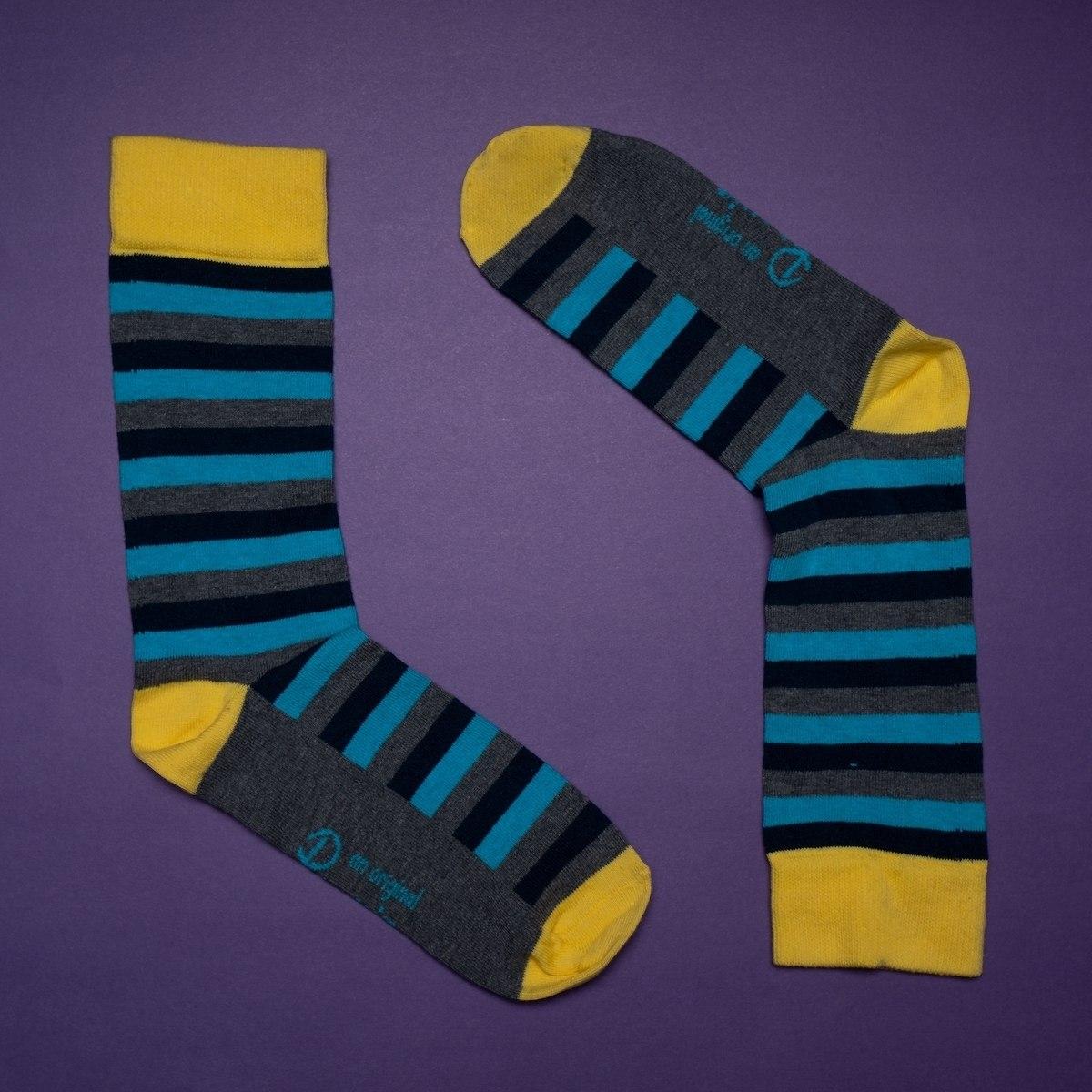 Men's Striped Socks In Gray